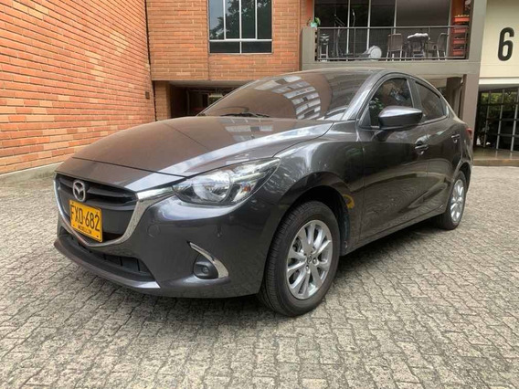 Mazda Mazda 2 Touring Sedán Aut