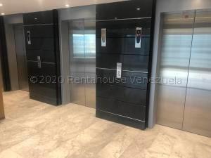 Oficina En Alquiler La Castellana 20-24839