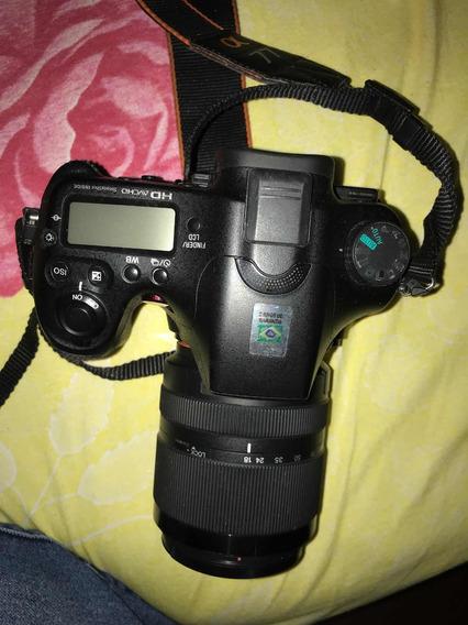 Câmera Sony Alpha A77v + Lente 18-135mm F/3.5-5.6 Seminovas