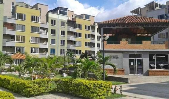 Apartamento En Venta. Urb. Paso Real Valencia. 21-913mcl