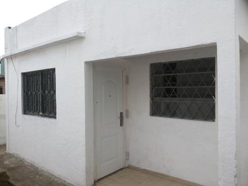 Alquilo Casa En La Teja