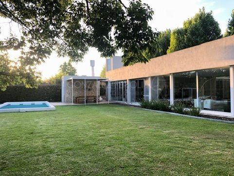 Casa Chalet  En Venta Ubicado En Santa María De Tigre, Zona Norte