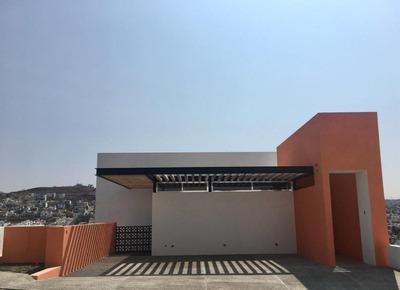 Preciosa Residencia En Hacienda Real De Tejeda, 3 Niveles, Jardín, Luxury