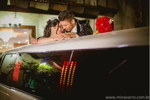 Imagem 1 de 10 de Aluguel Limousine Carro Casamento Noiva Eventos Debutantes