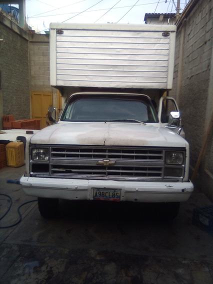 Chevrolet 350 Dos Puertas Motor 350 Cauchos Con 80 Porciento
