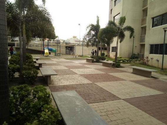 Apartamento En Venta Oeste Barquisimeto 20-2572 As