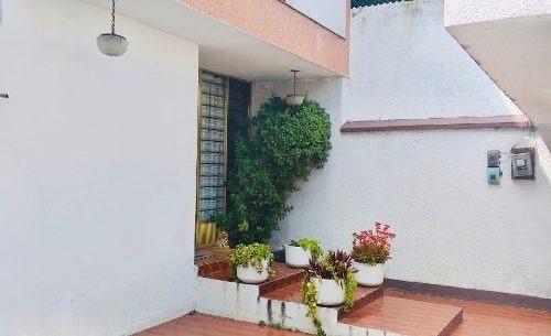 Casa Con Increíbles Espacios Para Actualizar En Sinatel, Iztapalapa, Cdmx