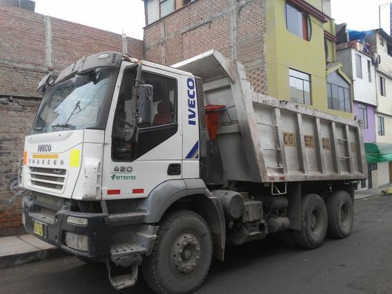 Volquete Iveco Año 2009