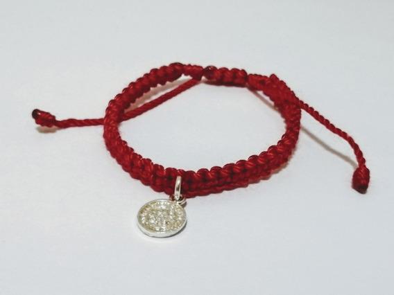 San Benito Medalla En Pulsera Roja Con Bolsa Dorada
