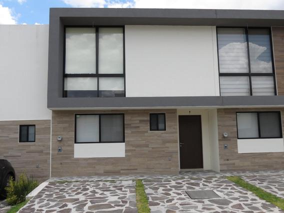 Qh-se Renta Casa En El Refugio De 3 Recamaras Y 3 Baños