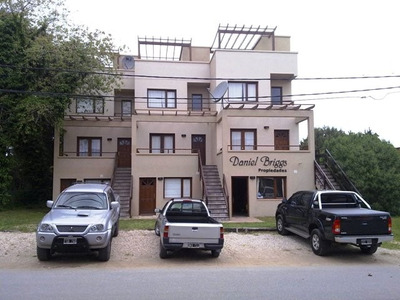 Duplex Azopardo, Disponible Semana Santa