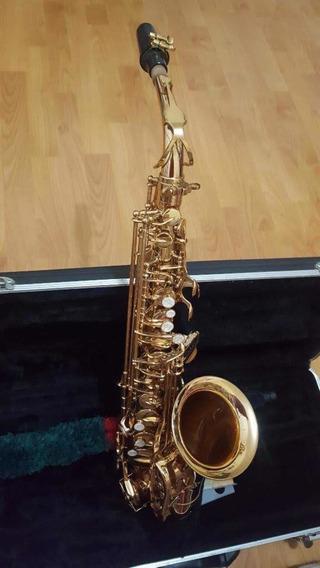 Saxofón Alto Marca Pers