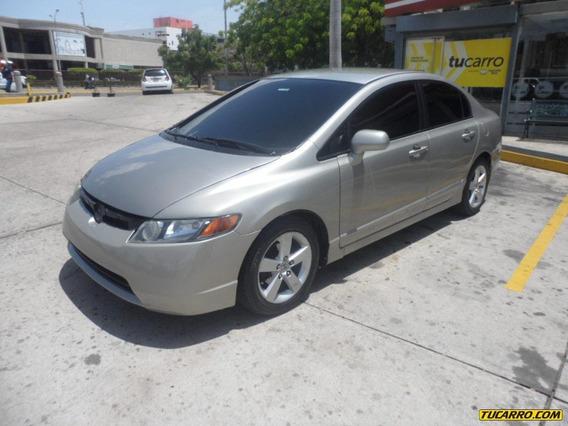 Honda Civic Emotion Aut
