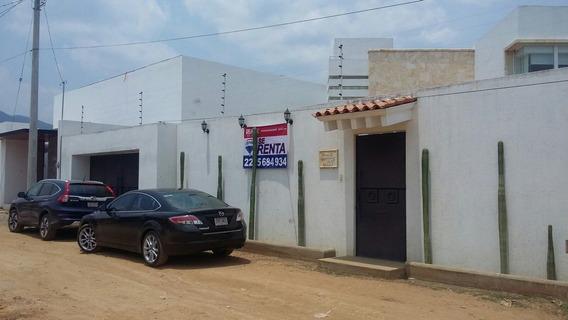 Hermosa Casa En Zona Tranquila De Tlalixtac.!