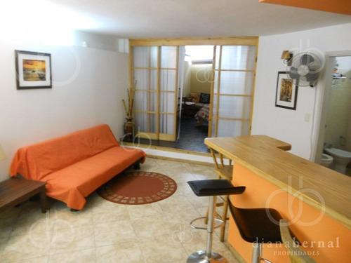 Apartamento En Peninsula, 2 Dormitorios *- Ref: 54410