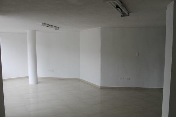 Arriendo Local, Oficina,etc. Sangolqui - Valle Chillos