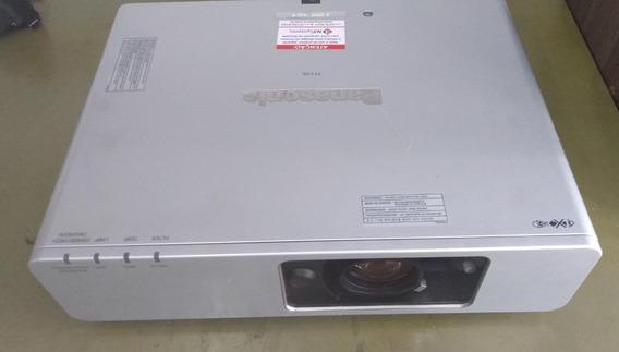 Projetor Panasonic Pt-f100u 3200 Lumens Xga