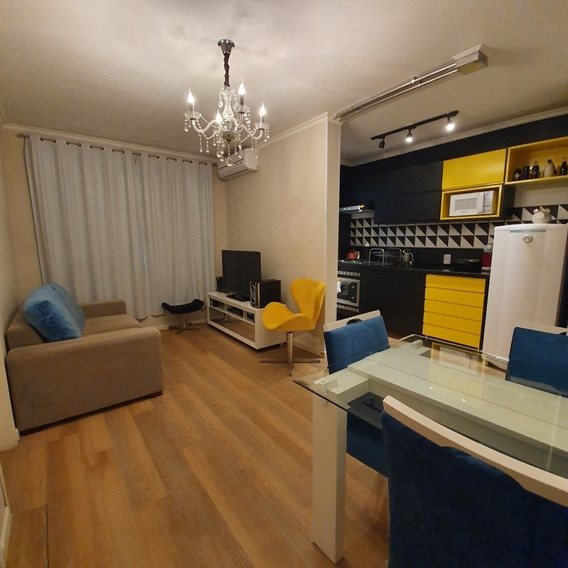Apartamento 1 Dorm. C/ Vaga