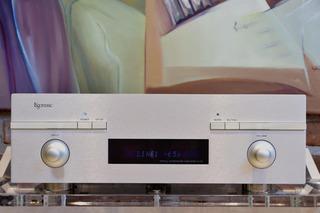 Amplificador Integrado Estereo Marca Esoteric Modelo Ai-10