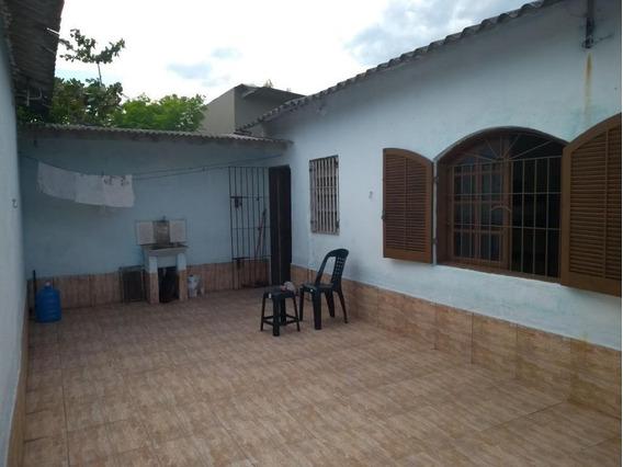 Casa Em Balneário Itaguaí, Mongaguá/sp De 133m² 4 Quartos À Venda Por R$ 215.000,00 - Ca441500