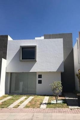 Ti/ Venta Casa El Refugio Querétaro