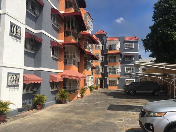 Coqueto Apartamento En Villa Aura Próximo A Los Beisbolistas