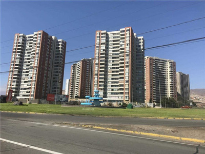 Avenida Cerro Paranal 210