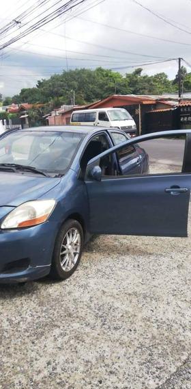 Toyota Yaris Nacional