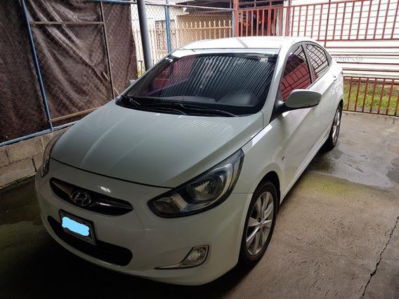 Hyundai Accent Blue, 2012.