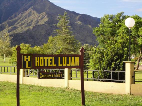 Hotel - Lujan