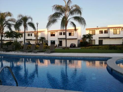 Casa En Privada En Paraíso Country Club / Emiliano Zapata - Ham-457-cp