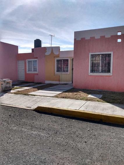 Venta De Casa En Fraccionamiento San Fernando (cayetano)
