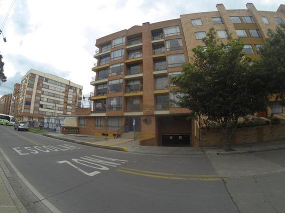 Apartamento Venta En Mazuren Bogota Mls 20-559