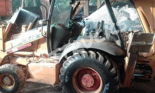 Retro Escavadeira 580m Traçada 4x4 Cabinada Ano 2010