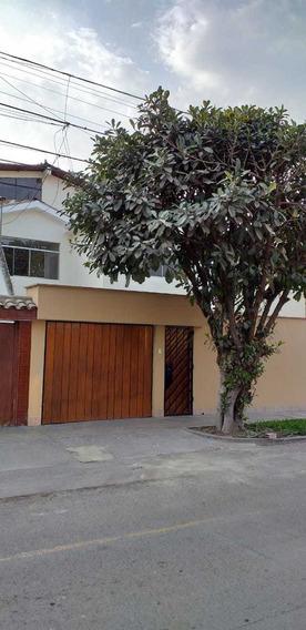 Venta De Casa En Los Olivos Urb. El Trebol