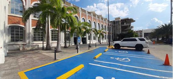 Vendo Carreta En El C.c Paseo Estacion Central, Maracay.