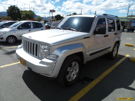 Jeep Cherokee Sport At 3700cc 4x4