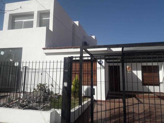 Casa - Con Tres Rentas Sobre Duarte Quiros Al 5100 Ideal Inversor!!!