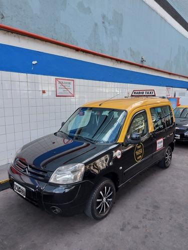 Berlingo 2012 Hdi 1.6 Taxi Con O Sin Licencia