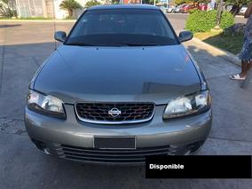 Nissan Sentra B15 01* Gris Oscuro
