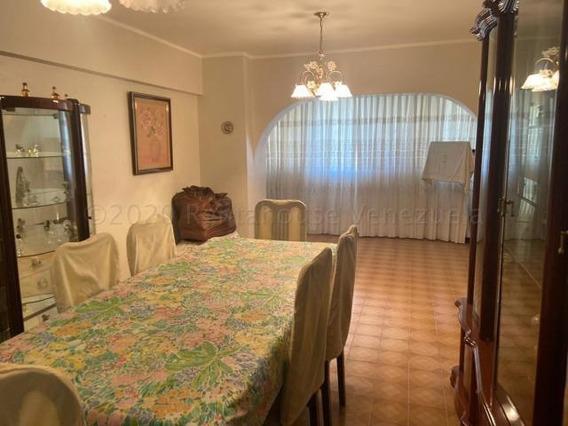 Apartamento En Venta En San Juan Mls #20-24647 M.m