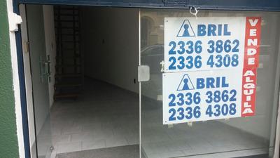 Libertad Y Avenida Brasil. Local Comercial
