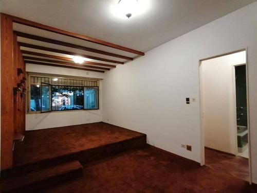 Departamento De 3 Dormitorios Y Patio En Venta, Centro, Rosario.