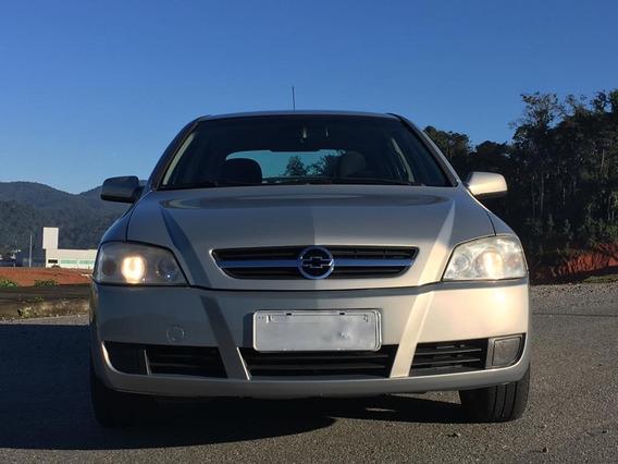 Carro Chevrolet Astra Ano 2005