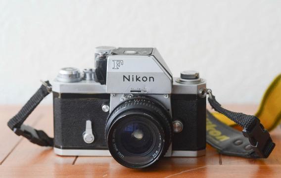 Camera Nikon F + 28mm Cosina - Made In Japan