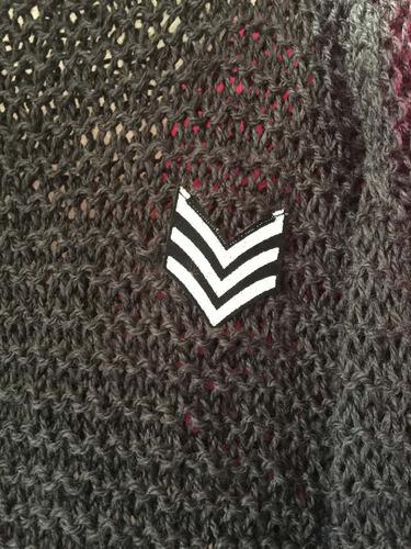 Imagen 1 de 4 de Sweater Tejido A Mano