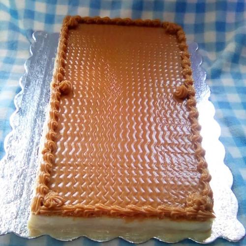 Imagen 1 de 1 de Tortas De Milhojas Grande De Arequipe De 3.700 Gramos