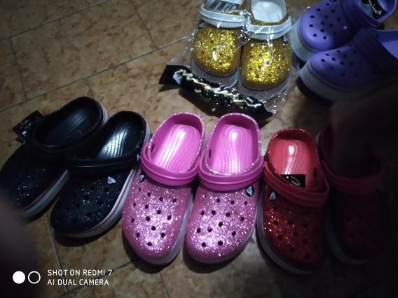 Sandalias Tipo Crocks Escarchadas Y Sin Escarcha