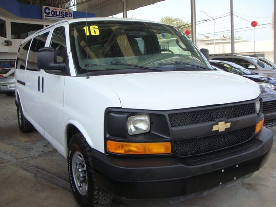 Chevrolet Express Van 15 Pasajeros 2016