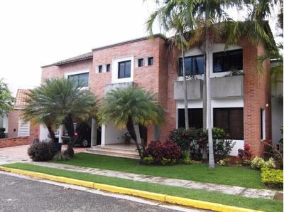 Casa En Venta Villas Laguna Club, Guataparo 521m2, (pt)